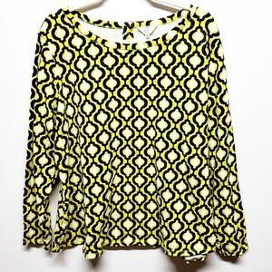 3/$25 Crown & Ivy Navy and Yellow Geometric Top 2X